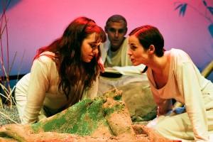 El volcán y la marea. Teatro del Temple