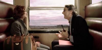 Ventajas de viajar en tren (la carpeta roja), 2013. Dirección Carlos Martín.