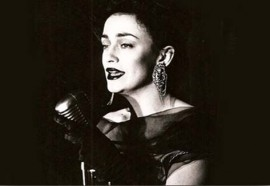 «Carmen Lanuit» es Carmen París.