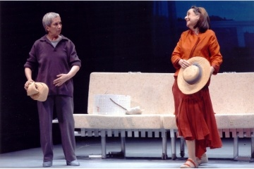 TRENES QUE VAN AL MAR. Teatro del Temple